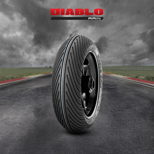 DIABLO RAIN motorbike tire for track