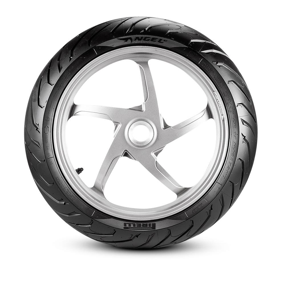 Pirelli ANGEL™ ST motorbike tyre