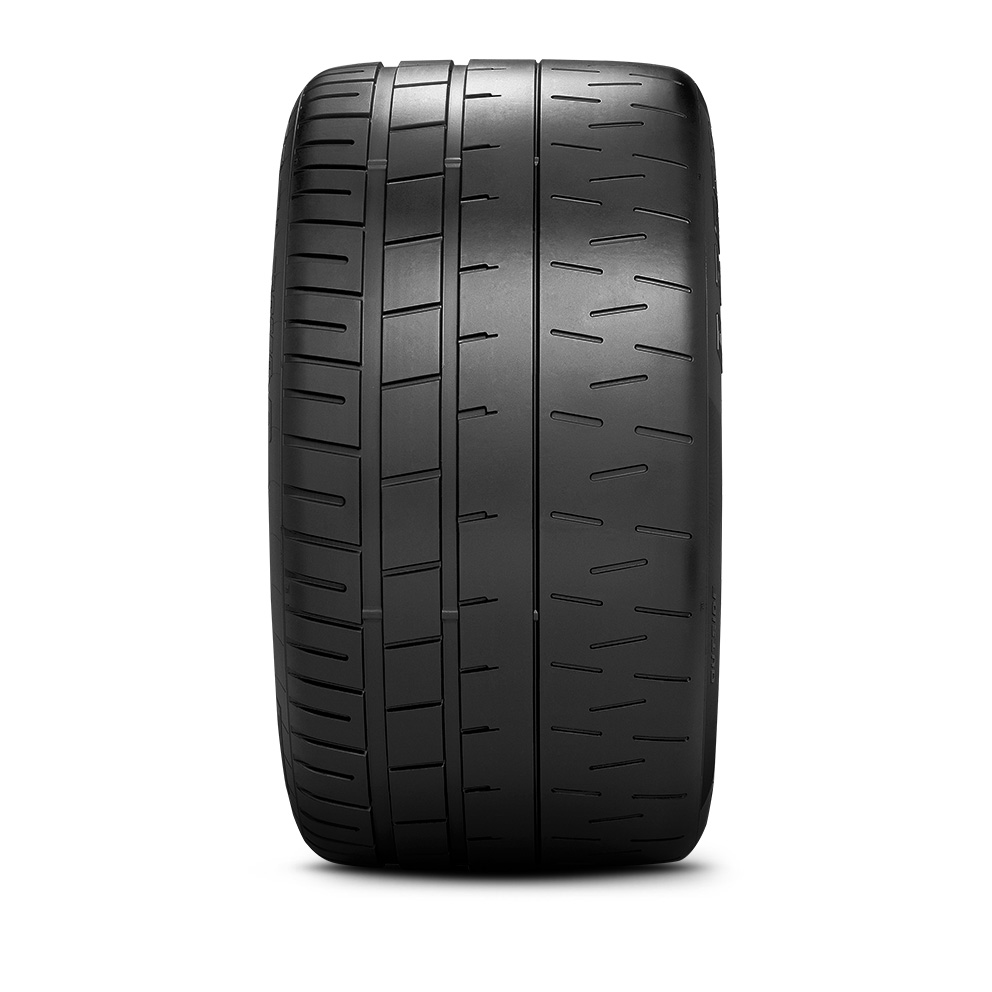 Pirelli P Zero™ Trofeo R motorsport tire