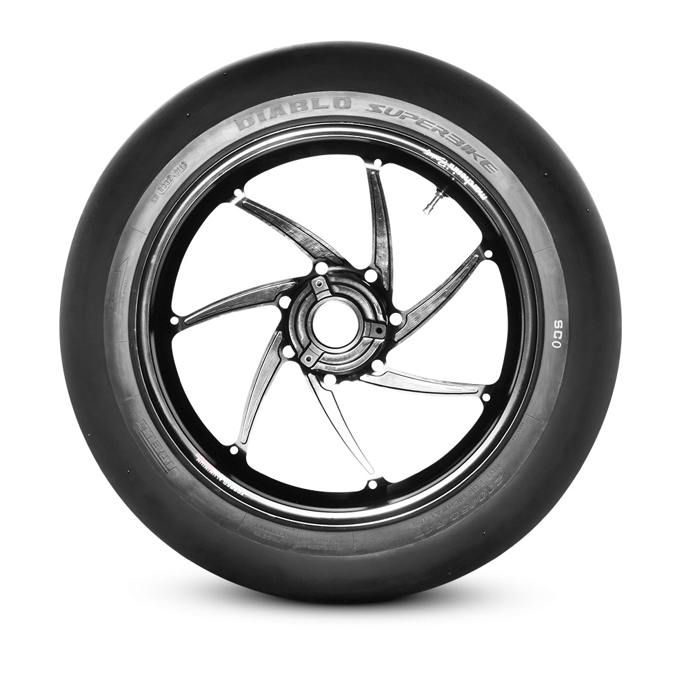 Pirelli DIABLO™ SUPERBIKE motorbike tyre
