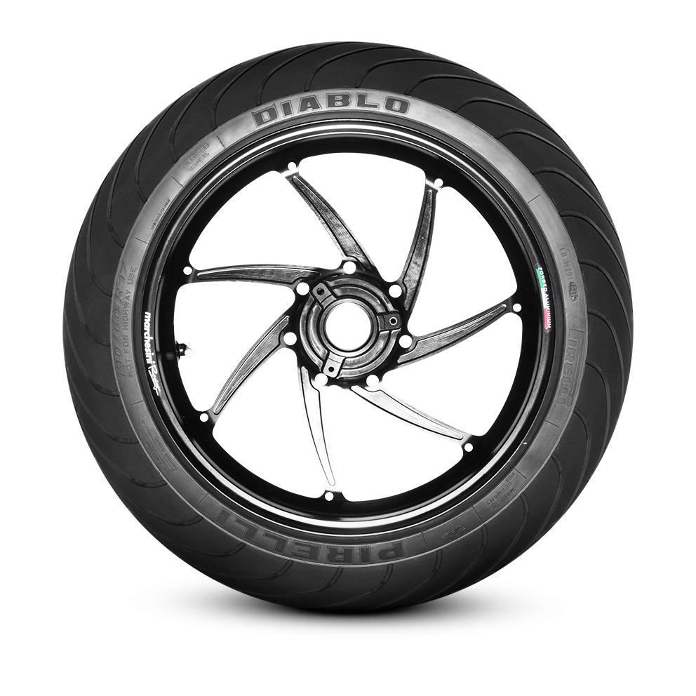 Pneu moto Pirelli DIABLO™ WET